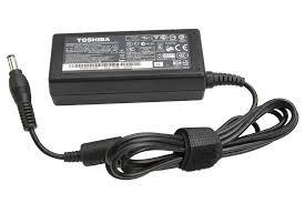 Adapter Toshiba 19V-3.9A
